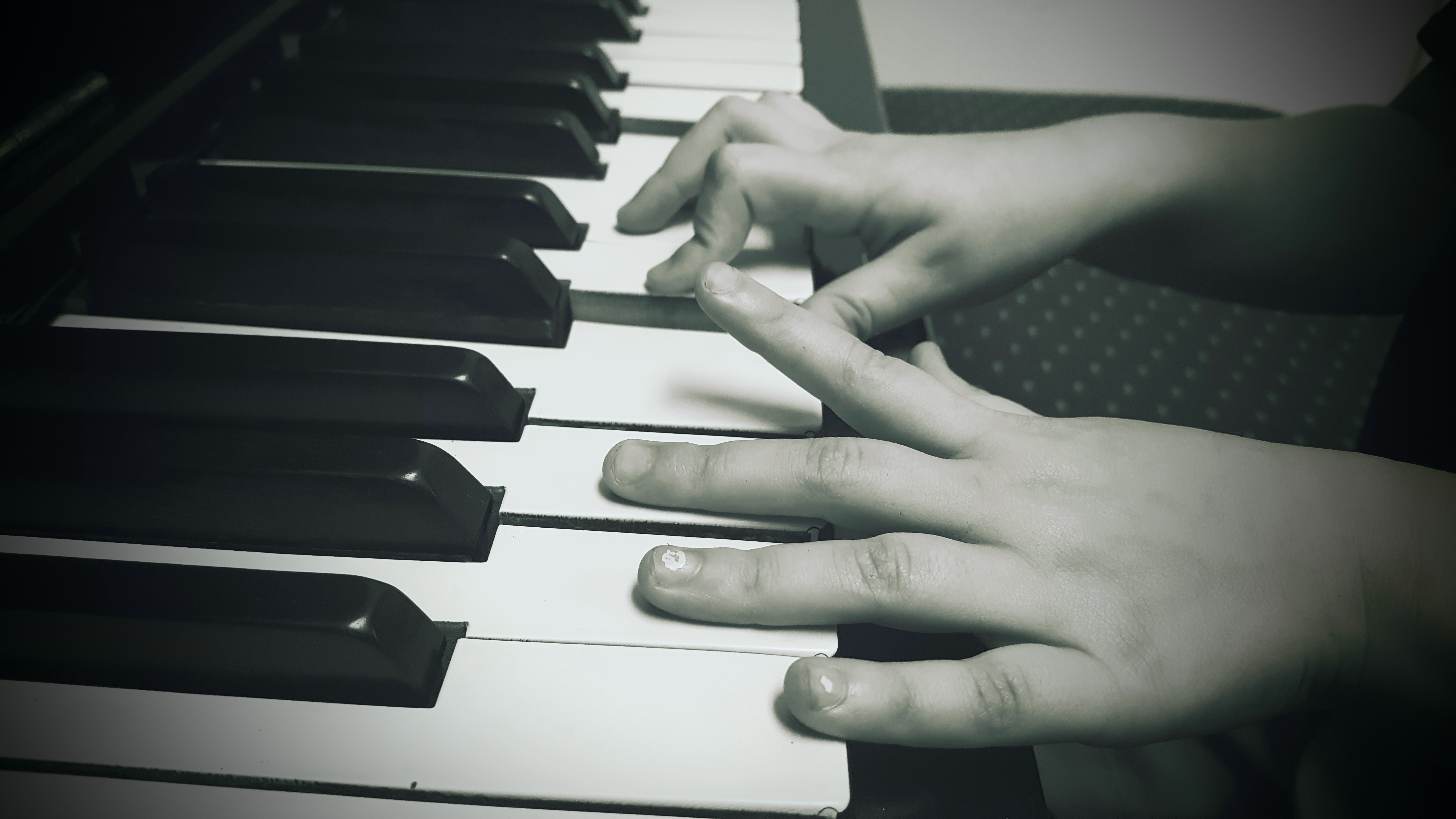 When should my child start learning to play piano? - Quora